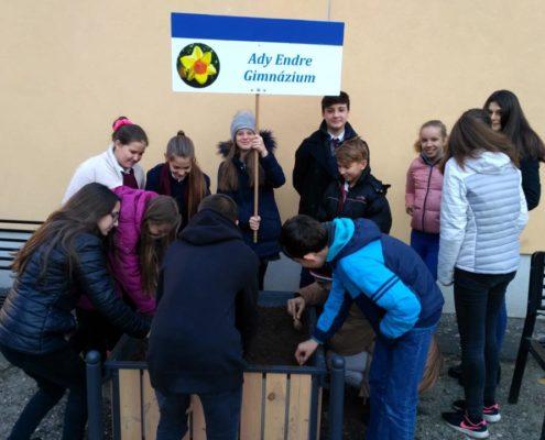 A Debreceni Hospice Ház Alapítvány NEFELEJTS KÖZÖSSÉGet épít